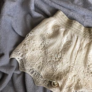 F21 Off White Lace Short